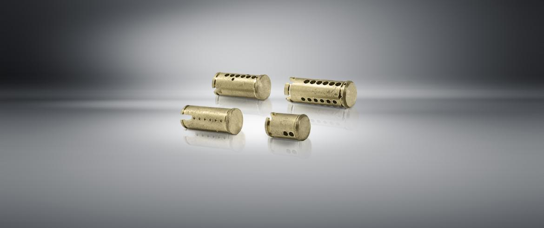 Transfer machine for lock bodies, padlocks and plugs