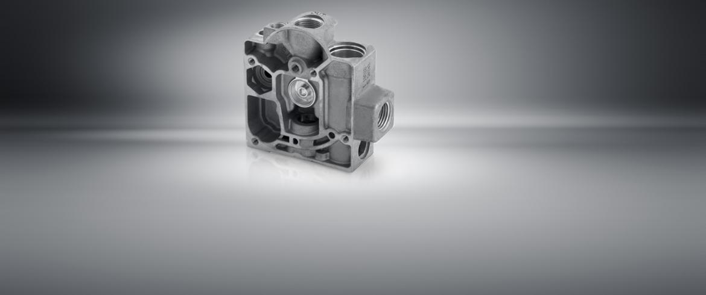 Distribütör, valf ve hidrolik bağlantıları için transfer makineleri